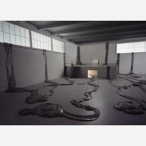 Pseudodocumentation: Metal Pour, 2009